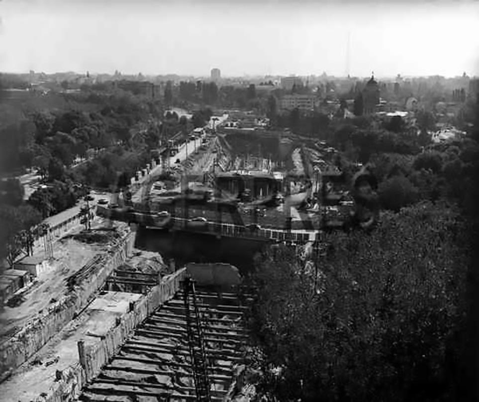 cartierul cotroceni metrou eroilor anul 1977