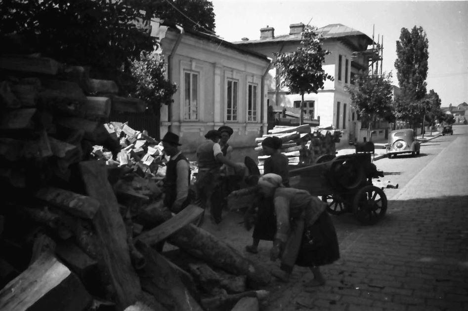 willy pragher - strada sfantul elefterie poza anul 1941 luna mai - 2 cotroceni
