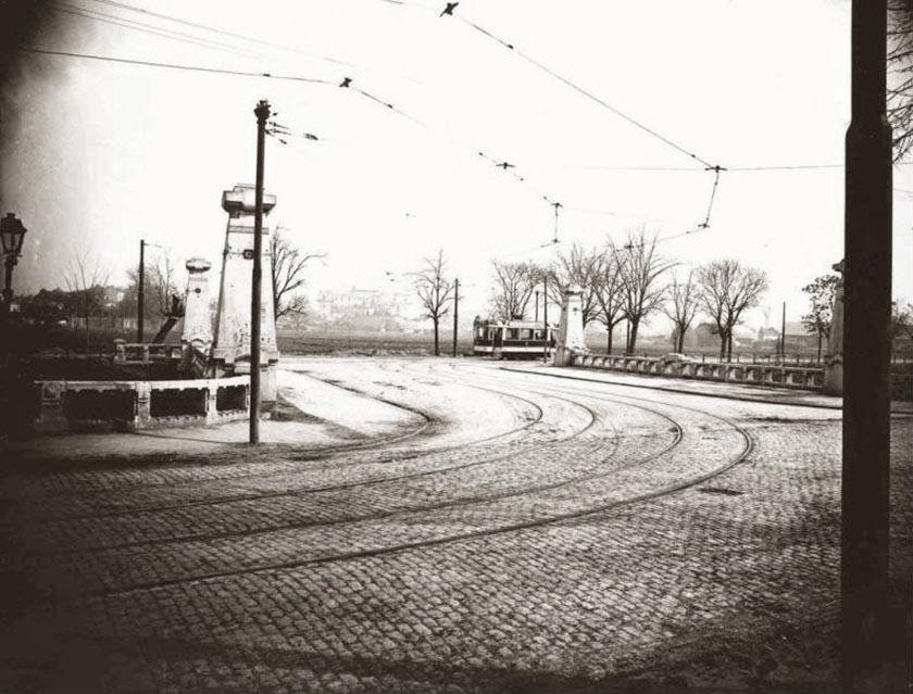 podul regele ferdinand anul 1929 cartier cotroceni - fost pod operei actuala Piata Doctor Victor Babes