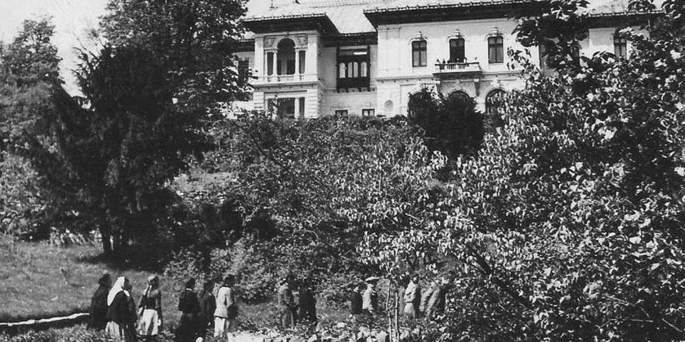 Grădina Casei Pionierilor Cartierul Cotroceni perioada comunista in anul 1953